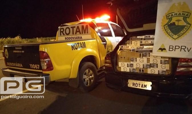 PR 323 - Contrabandistas abandonam veículo repleto de cigarros em estrada rural