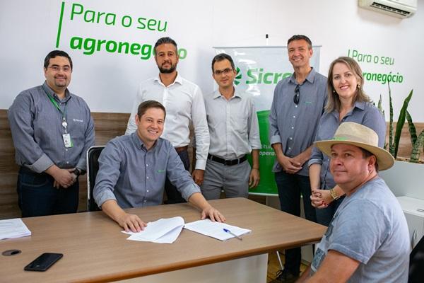 Destaque - Financiamento em tempo recorde beneficia agricultores associados do Sicredi no Show Rural Coopavel